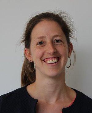 Dr. Tine Bosmans